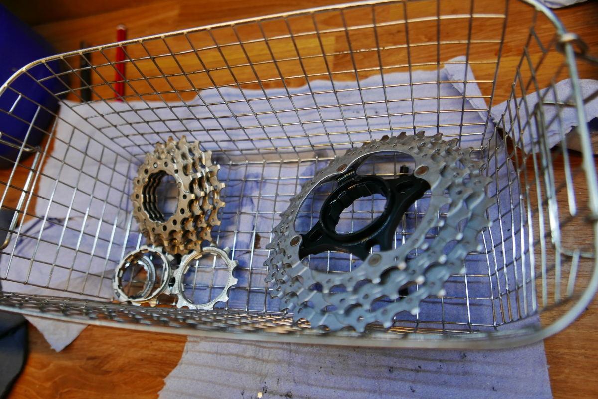 Bike (cycle) cassette & chain cleaning